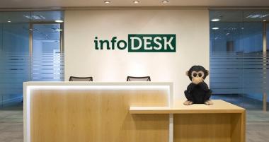 info desk 1